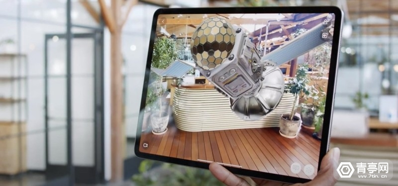 VR头显,AR云技术